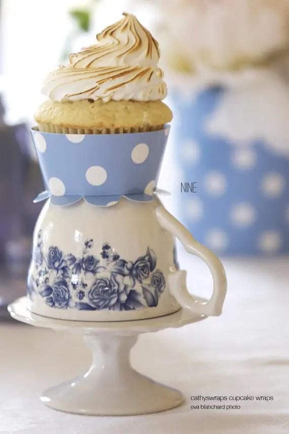 polka dot flower cupcake wrappers