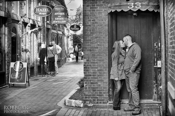 Robb Cyr Photography - Downtown Portsmouth Engagement Session