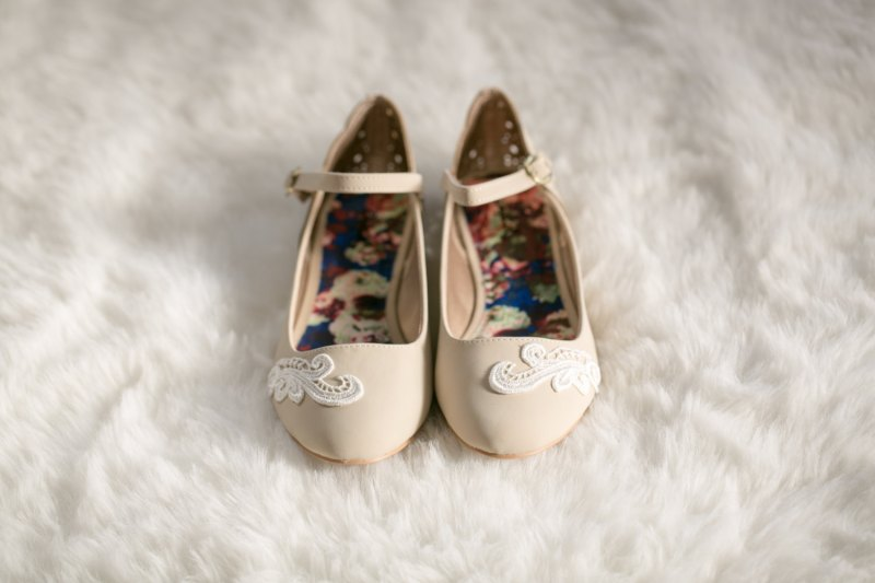 ballet flats with strap | via 31 Best Handmade Wedding Shoes http://emmalinebride.com/bride/handmade-wedding-shoes/