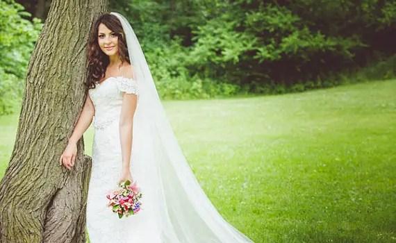 bride wearing long wedding veil