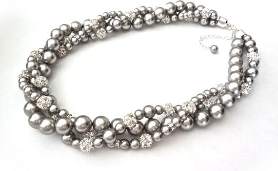 chunky pearl gray necklace