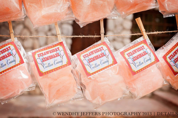 50 Best Bridal Shower Favor Ideas: cotton candy bridal shower favors