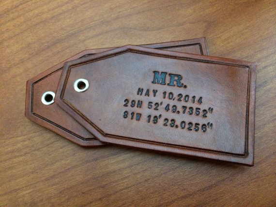 custom leather luggage tags via 27 Amazing Anniversary Gifts by Year http://emmalinebride.com/gifts/anniversary-gifts-by-year/