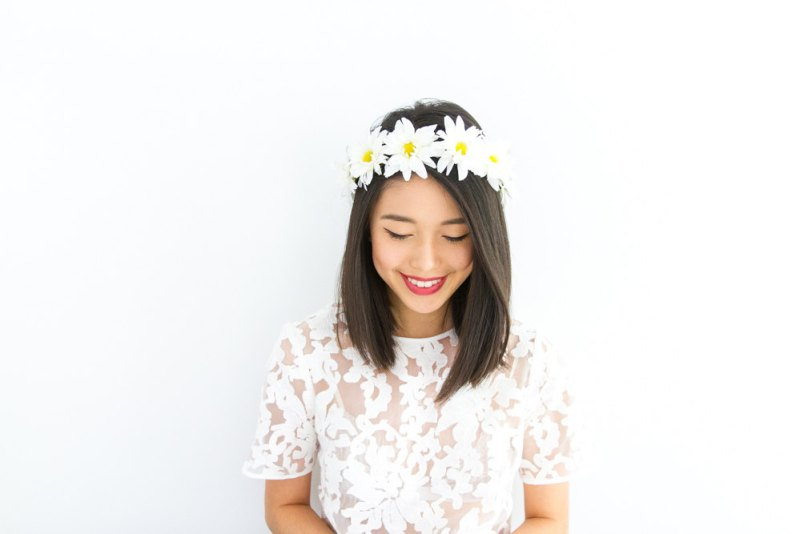daisy chain flower wreath by k is for kani | daisy ideas theme weddings