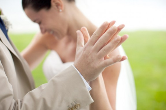 8 Secrets to a Stress Free Wedding Day (photo: andy wakeman) - via EmmalineBride.com