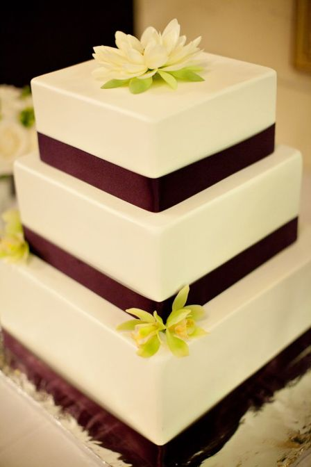 Cake Images Real : Fake Wedding Cakes That Actually Look Real