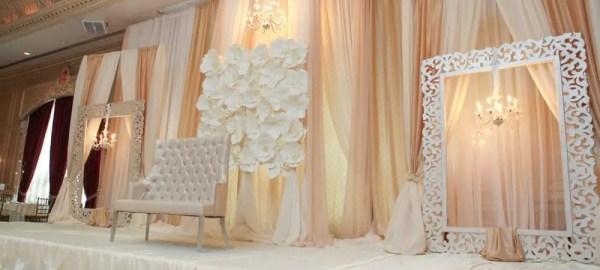 flower-backdrop-white-4
