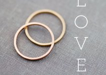 gold-wedding-bands-lily-emme