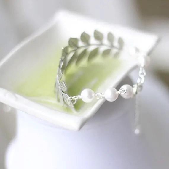 leaf bracelet pearls