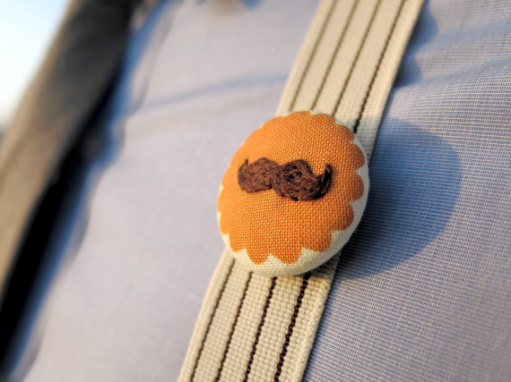 mustache wedding badge(by Betawife) - 21 Unique Alternative Boutonniere Ideas