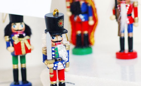 nutcracker place card holders