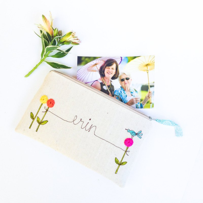 personalized bridesmaid clutch purse | bridesmaid gift ideas http://emmalinebride.com/gifts/bridesmaid-gift-ideas/