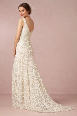 ivory petal wedding dress