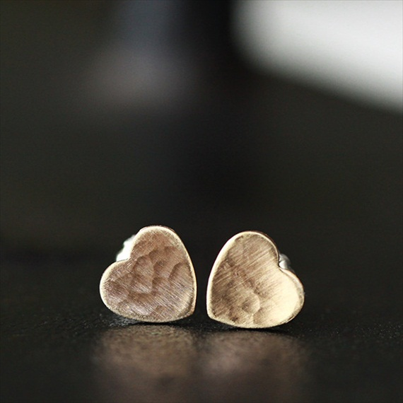 tiny heart earrings by Andrea Bonelli via EmmalineBride.com