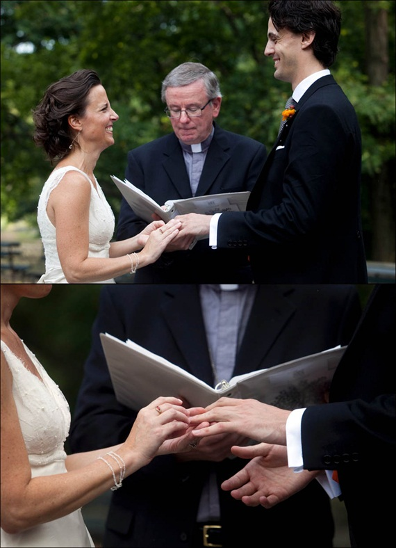 ring-exchange-at-central-park-wedding