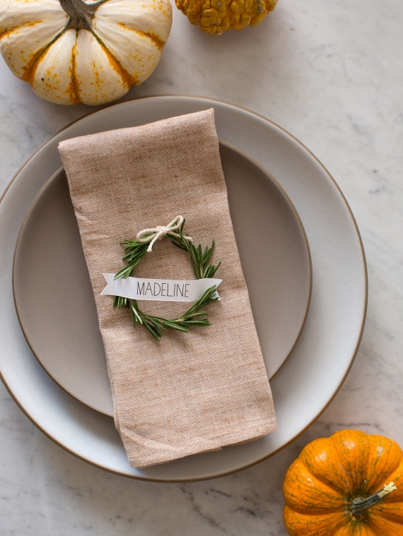 DIY Wreath Place Cards (by Spoon Fork Bacon)