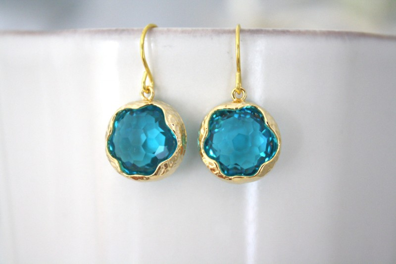 sea glass earrings | Jewelry for Spring Weddings by Ava Hope Designs | via http://emmalinebride.com/jewelry/jewelry-for-spring-weddings/