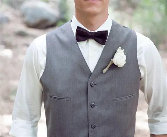 sola flower rustic wedding boutonniere | 28 Best Rustic Wedding Boutonniere Ideas