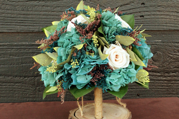 Themed Wedding Bouquets - Cottage Chic Wedding Bouquet