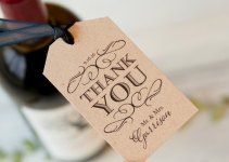 handmade wedding favor tags | via http://emmalinebride.com/favors/handmade-wedding-favor-tags/
