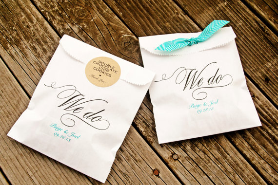 we do personalized favor bags