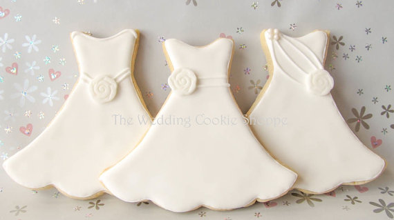 50 Best Bridal Shower Favors: wedding dress cookies (by the wedding cookie shoppe)