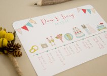 Wedding Itinerary | via http://emmalinebride.com/planning/tips-to-be-on-time/
