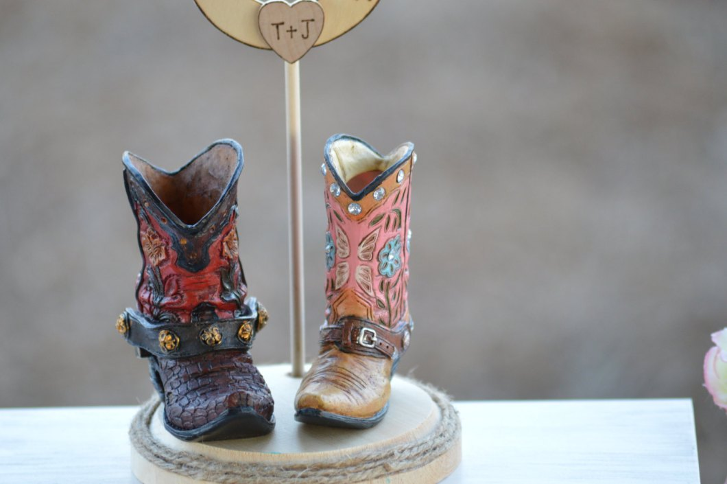 Boot Wedding Cake Topper | via emmalinebride.com