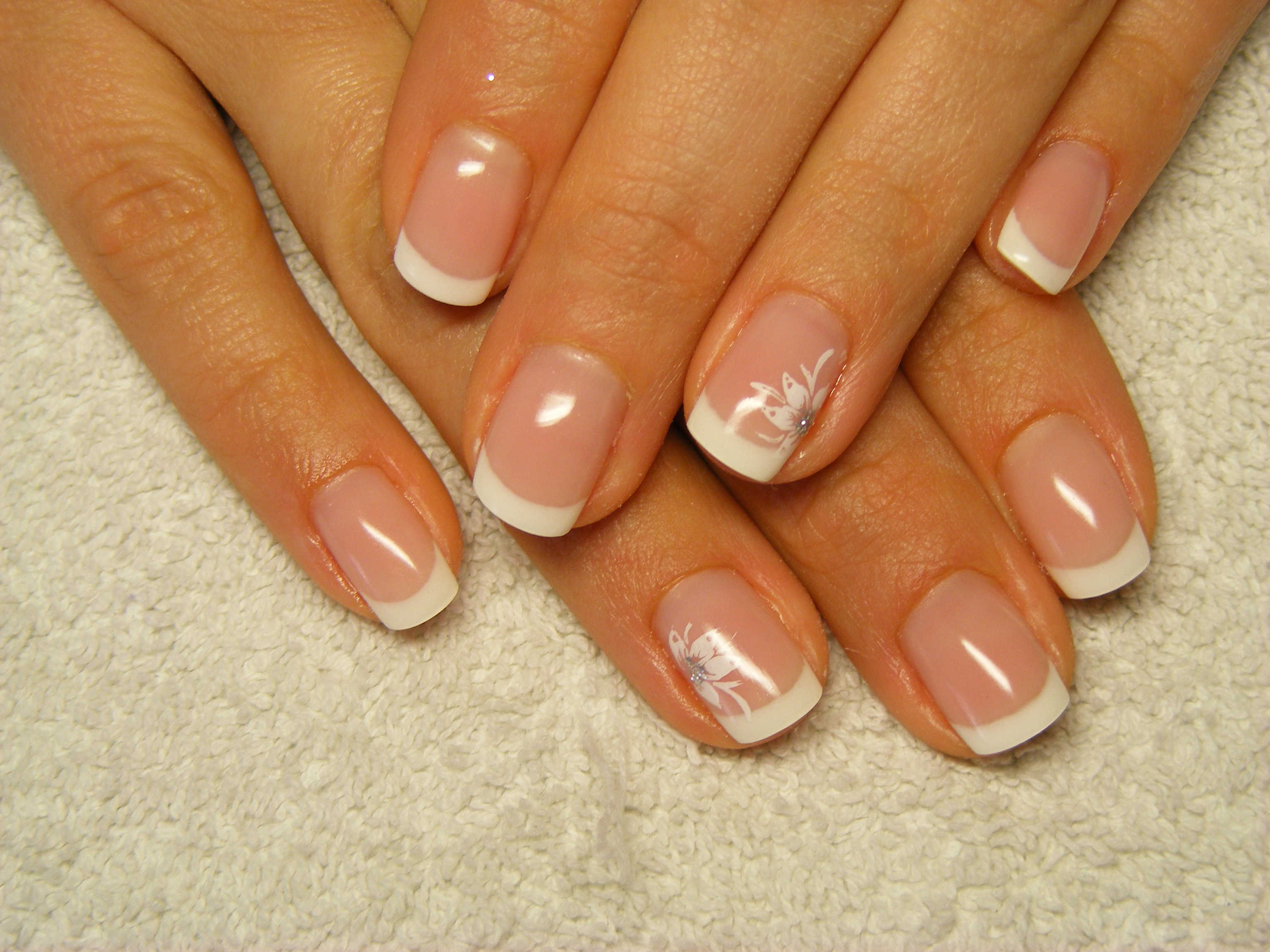 French Nägel Frenchlook Emmi Nail