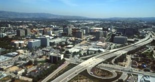 381078 15: Large freeways curl through the city April, 2000 in San Jose, CA. San Jose is experiencing a boom due to the large number of high-tech companies in the region, which is known as Silicon Valley. (Photo by David McNew/Newsmakers)