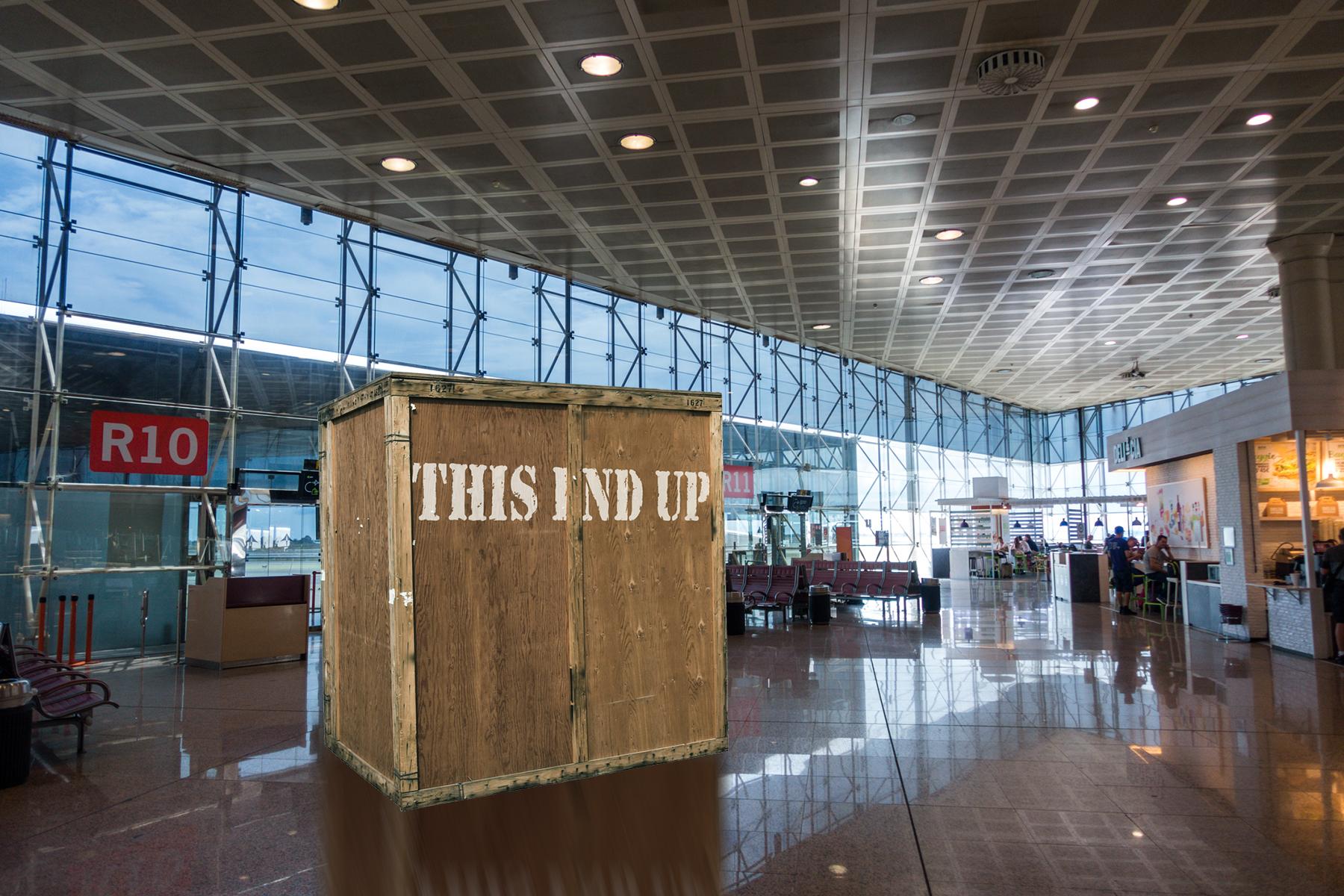El aeropuerto de El Prat empieza a meter los viajeros en cajas para embarcarlos junto al equipaje