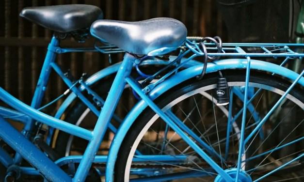 Blue – Fuji Superia Premium 400 (35mm)