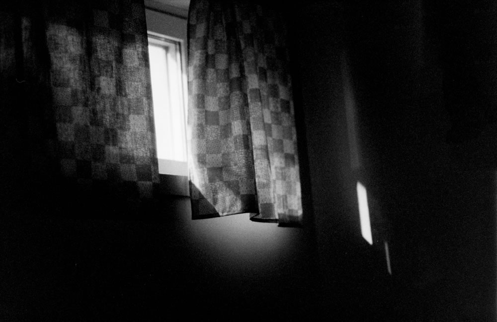 Jonas Lundström - Kodak Double-X 5222 Filmswap Review