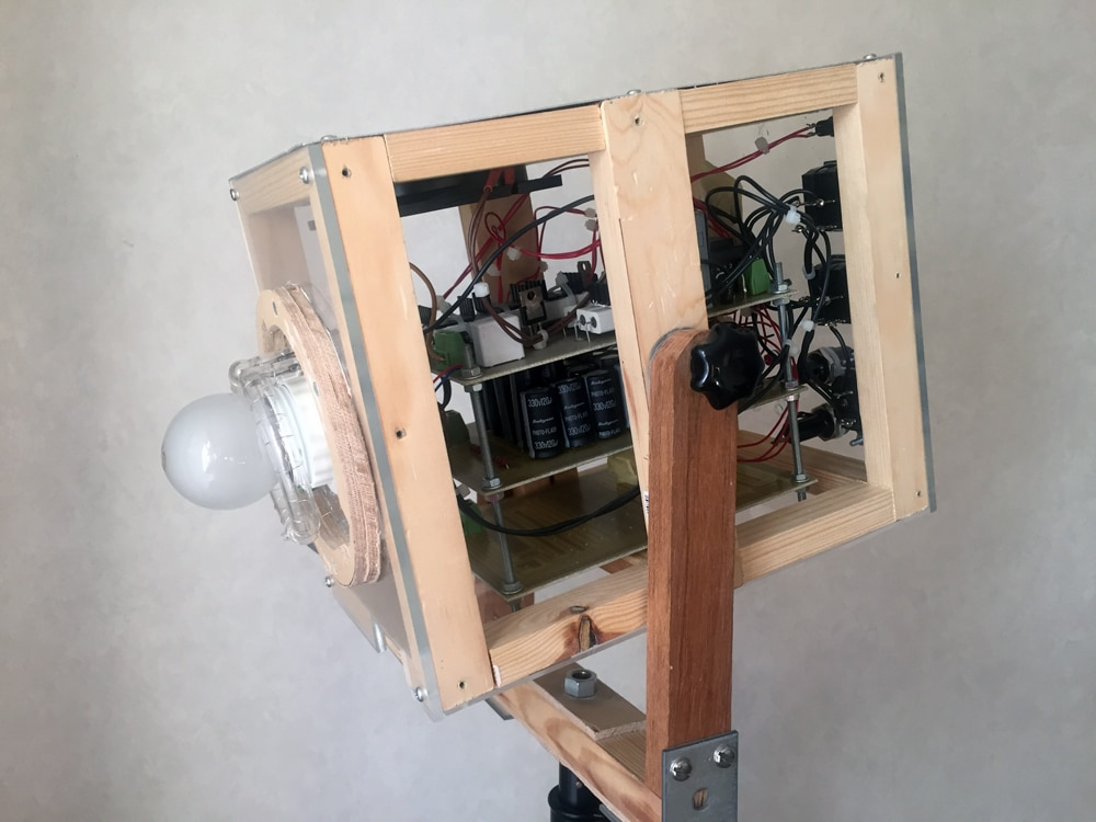 Self-build flash-strobe (that hasn't popped yet!)