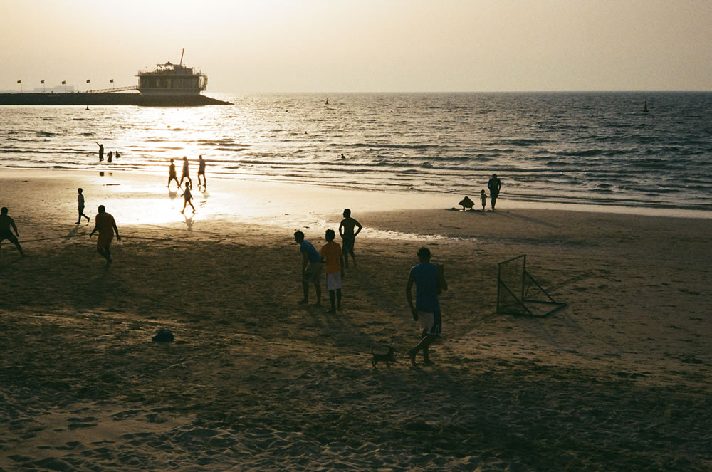 """Sunset Shadows"" Dubai, April 2014 - Kodak ColorPlus 200 / Zeiss IKON ZM/ Zeiss 50mm f/1.5"