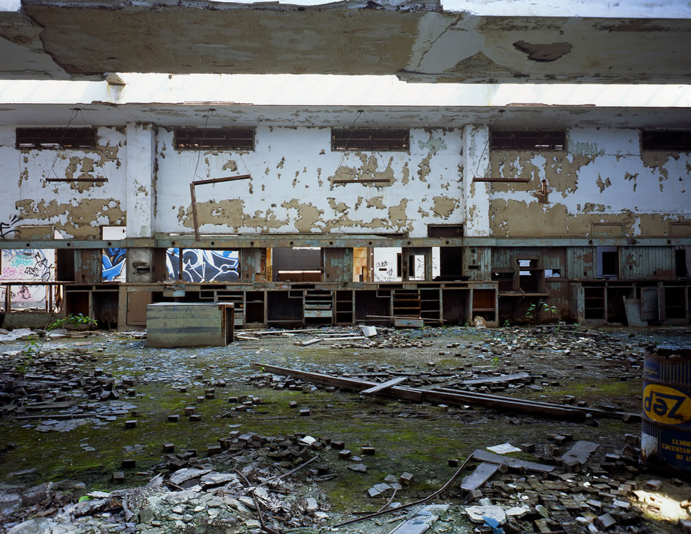 The Abandoned Post Office in Gary Indiana - Anniversary Speed Graphic - Schneider-Kreuznack Angulon 1:6,8/90 - Fuji Provia 100F (RDPIII).
