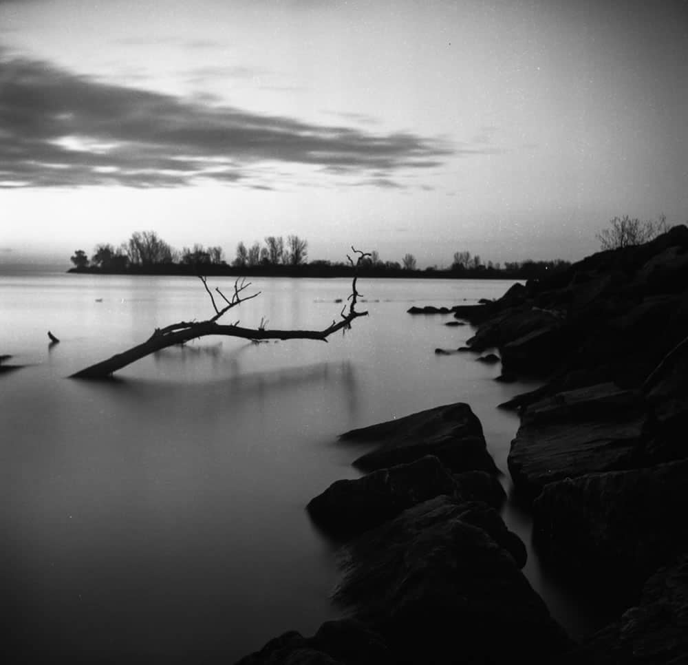 Long Exposure Test - ILFORD PAN F+ - EI: 50 - Aperture: f/11 - Shutter: 32s
