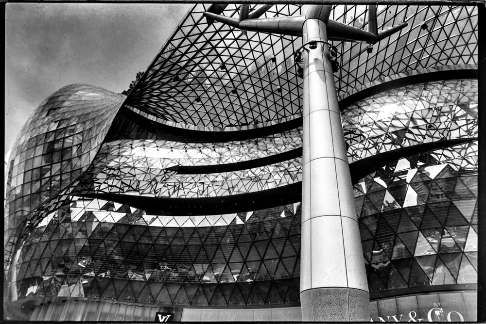 Abstract (Singapore) - Canon AE-1 Program, Canon FD 28mm F/2.8, Ilford HP5 Plus