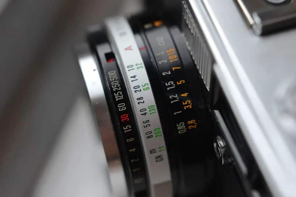 Olympus 35 SP - Lens
