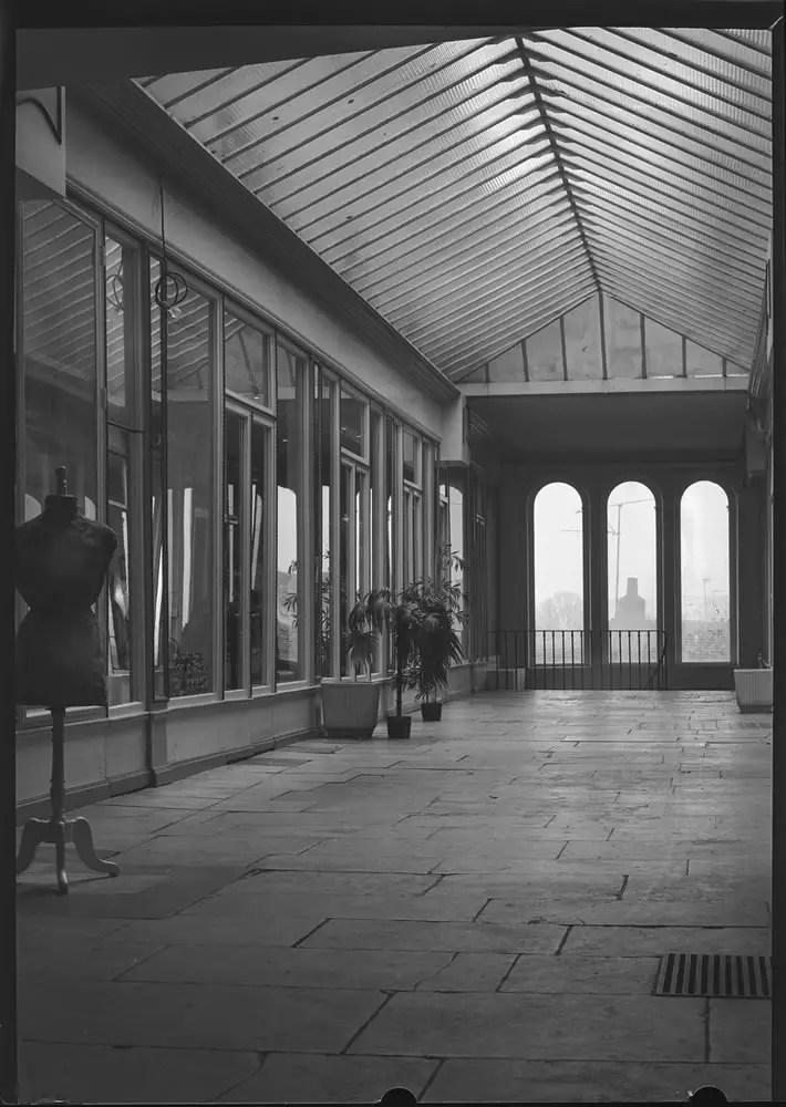 Auxerre, France 1993 - Zeiss-Ikon Ideal 246 - 1930. Agfapan sheet film 6x9cm, 100asa