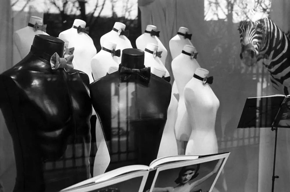 "Paris, France 2009-2010 - From the photo-work ""Promenades parisiennes"" - Nikon F6. Kodak Tri-X 135, 400asa"