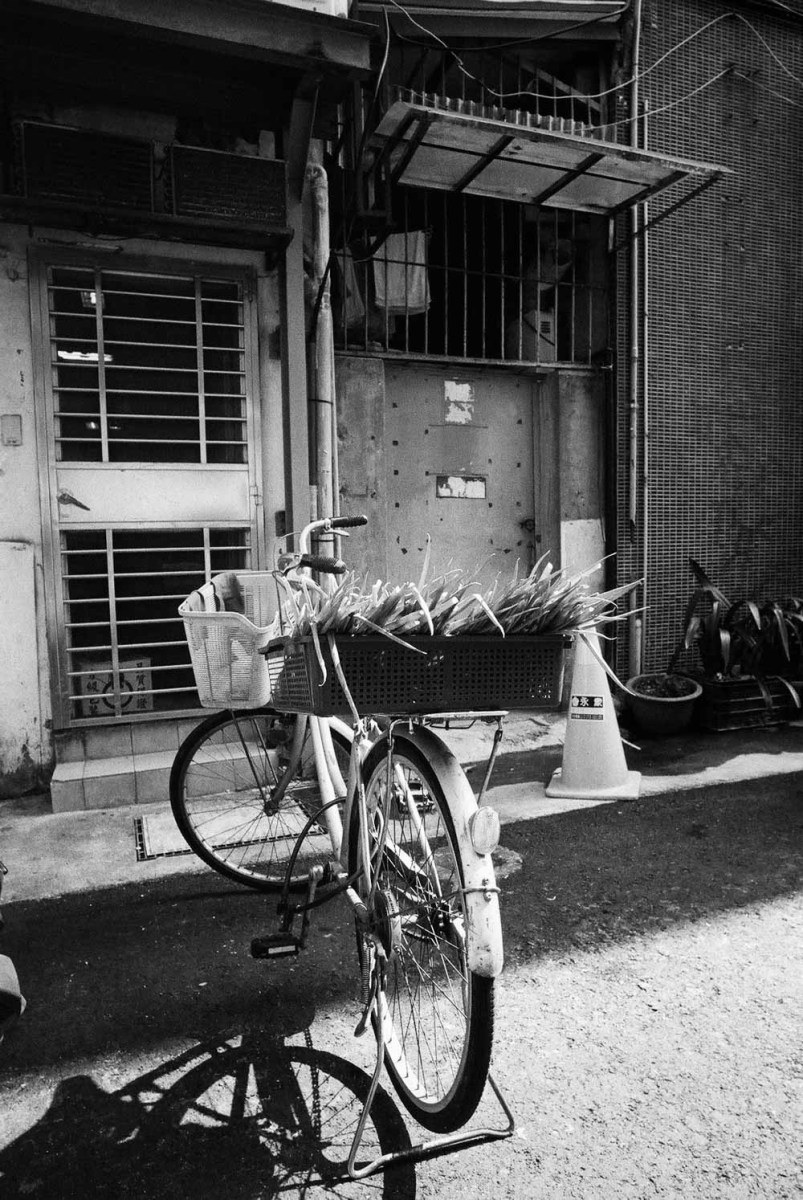 Special delivery -  - Shot on ILFORD HP5 PLUS (35mm)