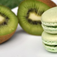Summer part1: Kiwi Macarons