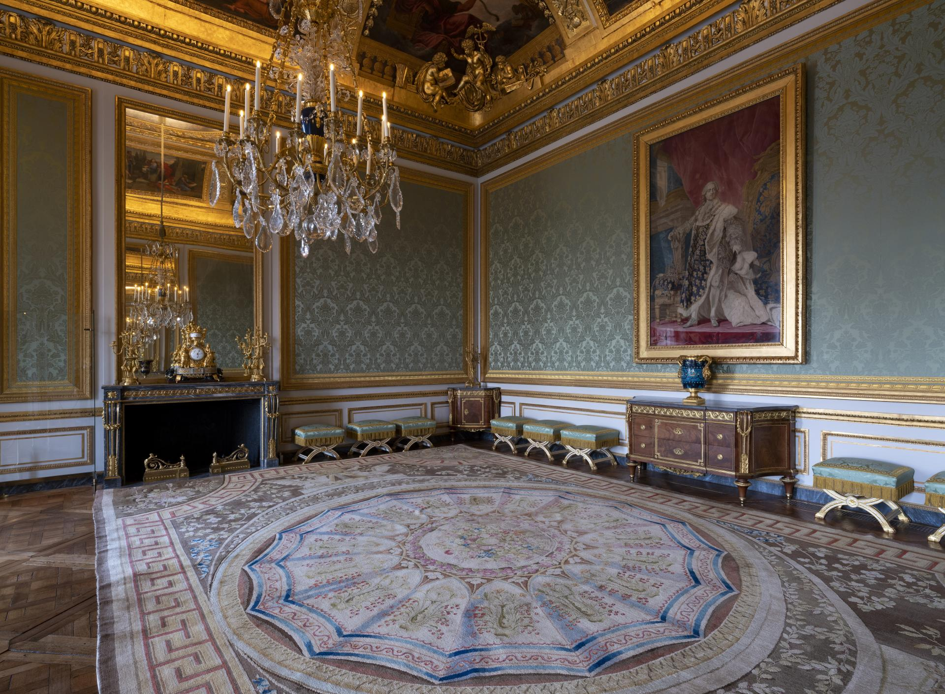 La Chambre Bleue Film Online The Queen S Apartments Palace Of Versailles