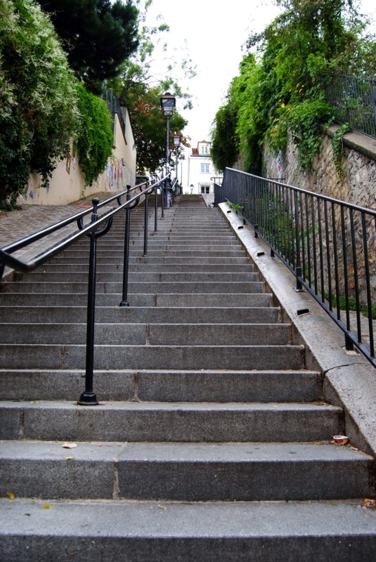 Escaliers-Montmartre-MonsieurMada.me_