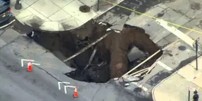 Giant Sinkhole In Brooklyn