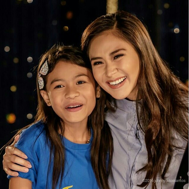 Like or Dislike: Sarah and Lyca, 2 Superstars in 1 Photo and Movie?