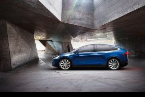tesla model x bilder preis reichweite und tests energyload. Black Bedroom Furniture Sets. Home Design Ideas