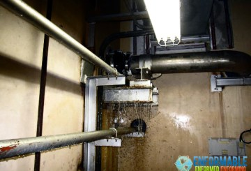 Fukushima Daichi Nuclear Power Station Inflow spot of rainwater in the basement of Turbine Building, Unit 6