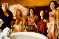 four-rooms-brujas.jpg